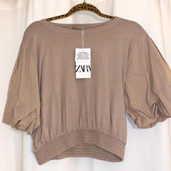 Zara Baloon Sleeved Crop